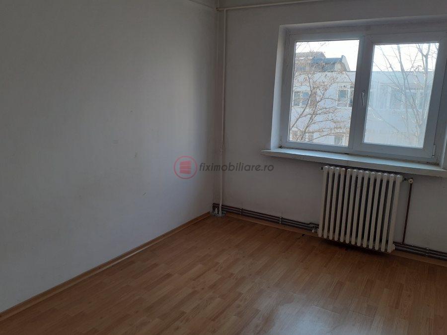 Nicolina CUG apartament 3 camere decomandat